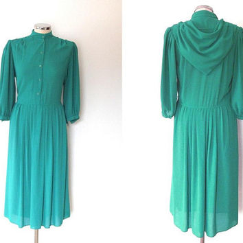 Light emerald green sailor style tea dress / chiffon / long sleeve / vintage / button up / midi length / high collar / floaty blouse dress