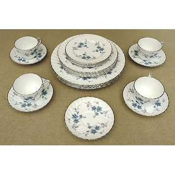 "Aynsley Bone China Place Setting Set ""Delphine"" with Silver Trim"