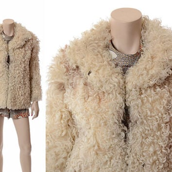 Vintage 70s Mongolian Curly Lamb Fur Jacket 1970s 1980s Natural Lamb Hippie Boho Gypsy Warm Winter Coat / Small