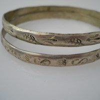 Etched Bangle Bracelet Pair Alpaca Silver Floral Mexico 2.5 in