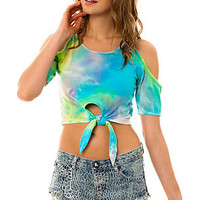 Shown To Scale Tee Heat Wave Tie in Watercolor Teal