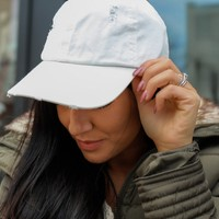 Babe Status Baseball Cap - Off White