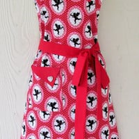 Valentine's Apron, Vintage Style, Hearts, Cupids, Doves, Polka Dots, KitschNStyle