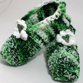 Crochet Womens Slippers - travel slippers - comfy green slippers - house slippers -Handmade slippers