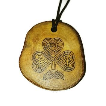 Retrosheep Bespoke Irish Lucky Four Leaf Clover Necklace Wood Pendant Rustic Unique Wooden Charm Choker Jewellery Keyring Scented Gift