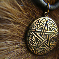 Pentagram pendant, celtic, wiccan jewelry, witchcraft, pagan, wicca, druid, witch, magic, pentacle, metaphysical