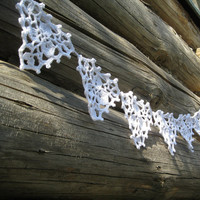 White Garland  - Outdoor Wedding Decor Banner - Crochet Bunting - Rustic, Beach or Vintage Wedding - Spring Summer Pennant - Photo Prop