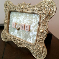 Gold Vintage Style Frame Ring Holder
