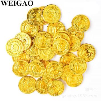 WEIGAO 50Pcs Pirate Treasure Plastic Coin Props Gold Skull Coin For Halloween Party Cosplay Props Kids Party Toys Treasure Coins