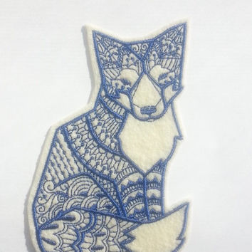 Iron On Patch Tribal Fox Applique in Cream and Navy