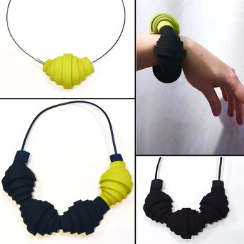 Collapse-Expand Variable Bracelet/Pendant/Necklace