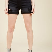 Pull the Rugged Out Shorts in Black   Mod Retro Vintage Shorts   ModCloth.com