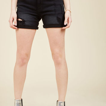 Pull the Rugged Out Shorts in Black | Mod Retro Vintage Shorts | ModCloth.com