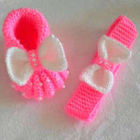 Baby Girls Cute Headband and Bootie Slippers Knit Bow Slippers Baby Boots Baby Headband Knit Baby Shower Gift Ideas 0-12 months