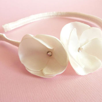 Off white bridal flower headband satin & Swarovski LIMITED EDITION by Jye, Hand-made in France