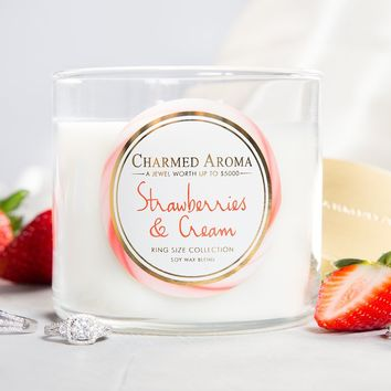 STRAWBERRIES AND CREAM CANDLE