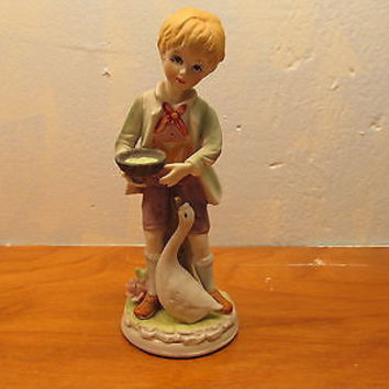 VINTAGE ARDALT FIGURINE OF A COUNTRY BOY MADE IN JAPAN