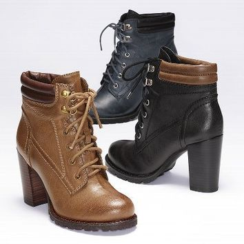 Big Horn Lace-up Bootie