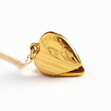 Vintage Heart Locket - WWII 12k Rosy Yellow Gold Filled Necklace Pendant - Dainty Charm 1940s Sweetheart Pendant Romantic Charm Jewelry