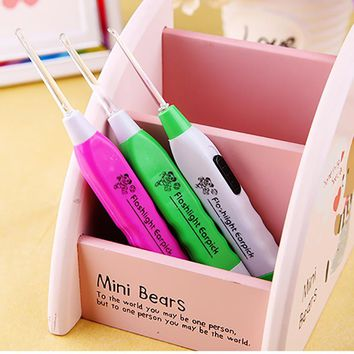 New Colorful LED Flashlight Ear Pick Tweezers Set Cleaner Tool Curette Remove Ear Wax Ears Care