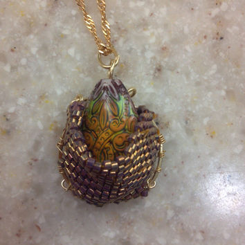 Dragon Egg Mood Color Change Necklace by PharohsFall on Etsy