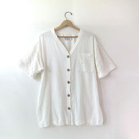 vintage cotton shirt. crochet knit shirt. wooden buttons. short sleeve shirt. natural white top. pocket tee shirt.