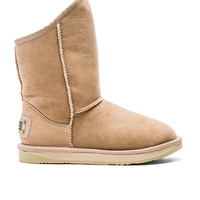 Australia Luxe Collective Cosy Short Boot with Sheep Shearling in Sand