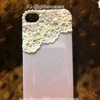 Lace and pearls iPhone 4 case in light purple