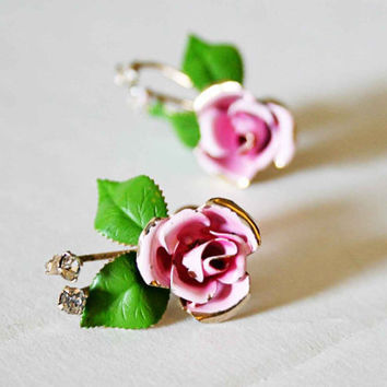 Vintage screwback flower earrings by im2keys on Etsy