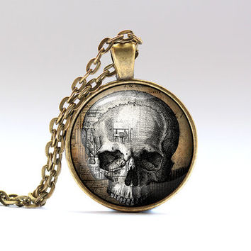 Skull pendant Steampunk necklace Gothic jewelry SNW1