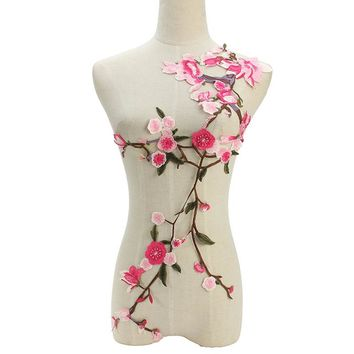 Plum Blossom Flower Applique Clothing Embroidery Patch Fabric Sticker Iron On Patch Craft