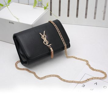 Women Simple Fashion Y Letter Metal Chain Single Shoulder Messenger Bag All-match Small Square Bag