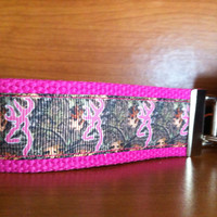Key Fob Keychain Camo Browning Hot pink
