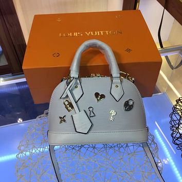 DCCK2 1168 Louis Vuitton LV Love Lock ALMA BB Epi Leather Handbag white