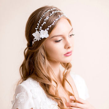 Bridal Halo with Hydrangea Flowers - Bridal Wreath - Wedding Halo - Wedding Hair Accessories - Bridal Headband - Bridal Headpiece