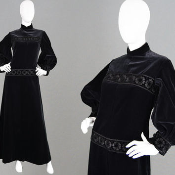 Vintage 60s CHRISTIAN DIOR Black Velvet Evening Gown Diorling Dress Embroidered Witchy Boho Dress Balloon Sleeve Long Gothic Dress Designer