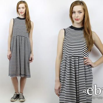 Striped Dress 80s Dress Minimalist Dress Hipster Dress Normcore Dress Vintage 80s Black + White Striped Day Dress M Summer Dress Tee Dress