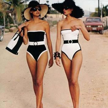 HOT BLACK WHITE STRAPLESS ONE PIECE BIKINIS