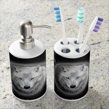 Wolf Moon Bathroom Set