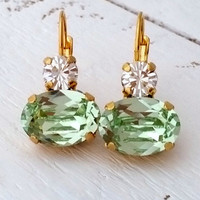 Mint green earrings, Mint dangle earrings, Swarovski earrings, Drop earrings, Bridal earrings, Bridesmaid gifts,Gold earring,Crystal earring