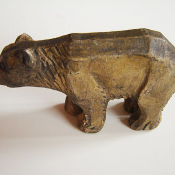 Vintage Hand Carved Wooden Bear, Old figurine brown bear, 70s