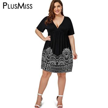 Plus Size 5XL Low Cut Empire Waist Print A Line Dress Women Summer 2017 Big Size V Neck Boho Beach Loose Midi Dress Black