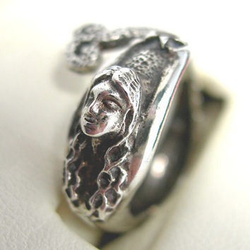 Mermaid Ring, Sterling Silver .925, Size 7, Vintage c1970-80s Fine Jewelry, Ocean, Swimming, Fantasy