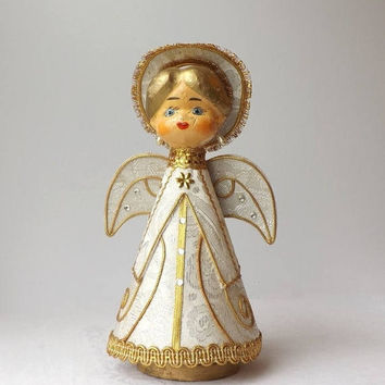 ON SALE - Paper Mache Angel Music Box, Vintage Revolving Figurine, Plays Silent Night, Mid Century Christmas Decor, Made in Japan