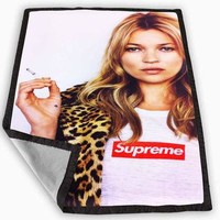 pretty kate moss supreme leopard Blanket for Kids Blanket, Fleece Blanket Cute and Awe