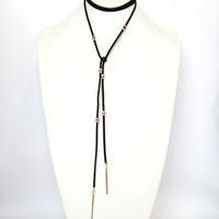 Long Shot Wrap Around Necklace In Black
