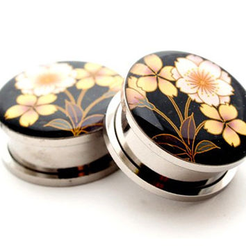 Japanese Flower STYLE 4 Picture Plugs gauges - 16g, 14g, 12g, 10g, 8g, 6g, 4g, 2g, 0g, 00g, 7/16, 1/2, 9/16, 5/8, 3/4, 7/8, 1 inch