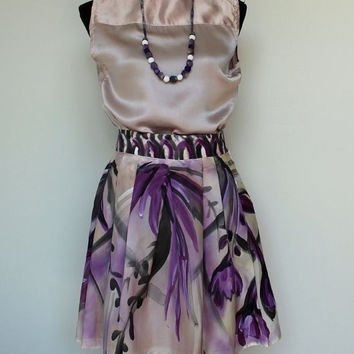 Hand painted, Satin silk Skirt, Floral motives, Aubergine, Black, White, Gray and Vanilla colors. Waist 27,5 inch