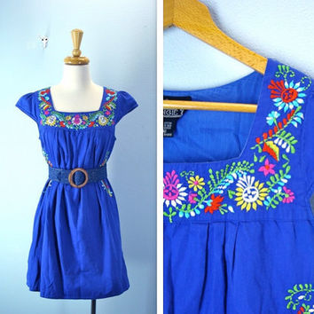 Vintage 1980s Dress / Mexican Embroidered Blue Mini by SnapVintage