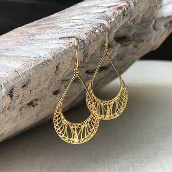Filigree Earrings, Gold Filigree Earrings, Large Gold Filigree Earrings, Large Gold Filigree Hoop Earrings, Filigree Hoop Earrings